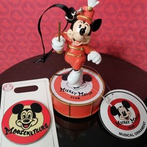 Disneyparks Mickey Mouse Musical Ornament & Pin